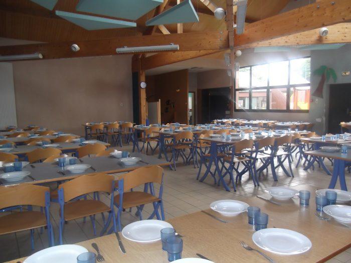 Organisation du restaurant scolaire des petits murins for Restaurant avec parc